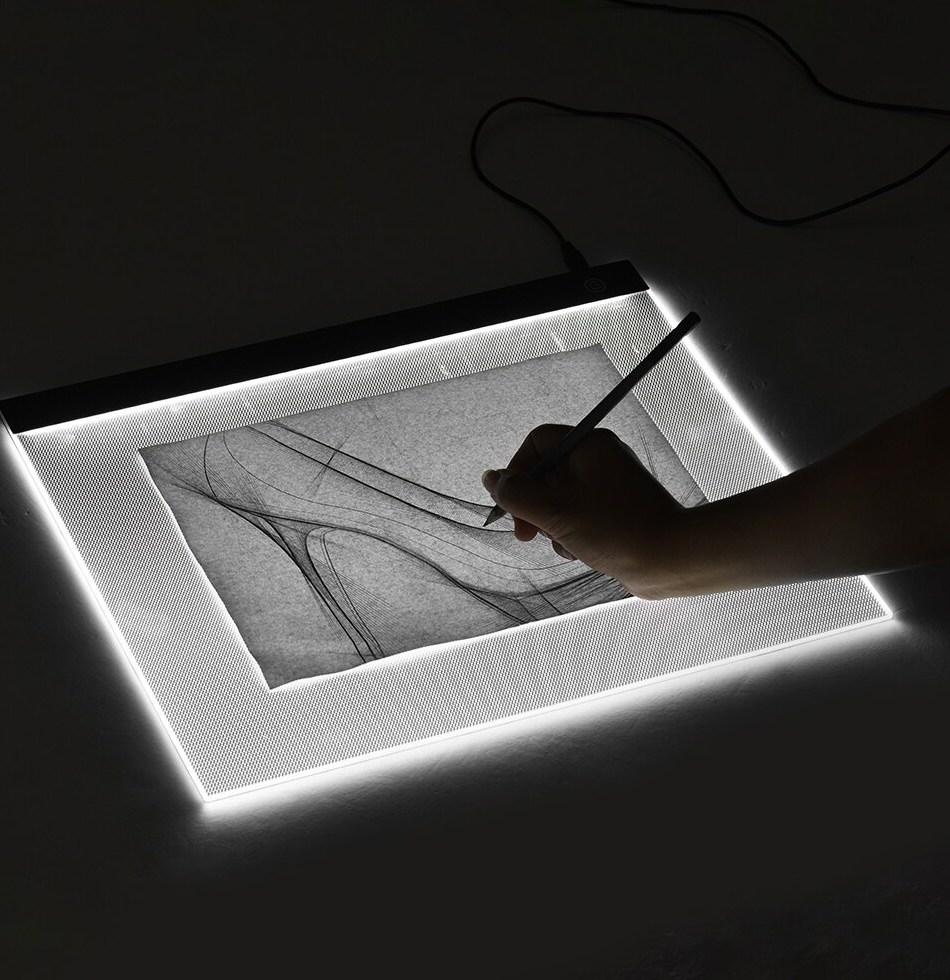 Versatile Light-pad® PRO has many uses, including: