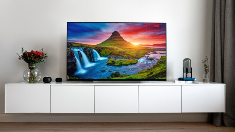 LG OLED Tv Review